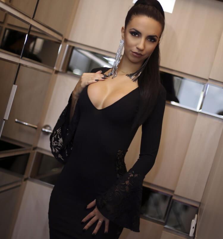 Julia- Russian model and callgirl- Bangkok- Pattaya