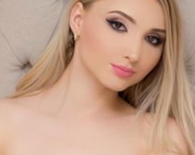 Russian escorts Bangkok- Saniya the lover escort