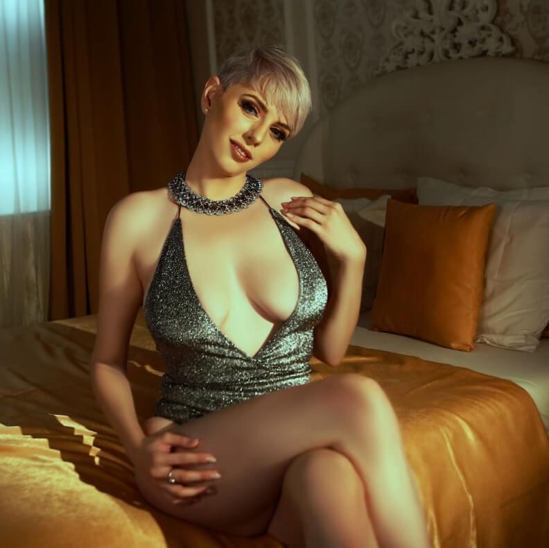 Kim- Russian call girl in Bangkok or Pattaya