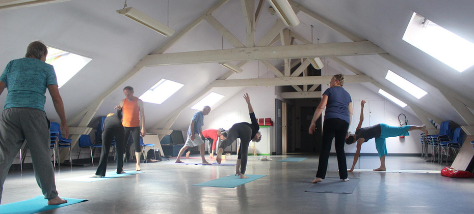 yoga-gilles-leblond-activite-jeudi-soir-