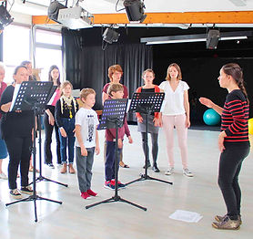 cours-chorale-intergenerationnelle-chant