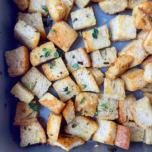 Garlic and herb croutons