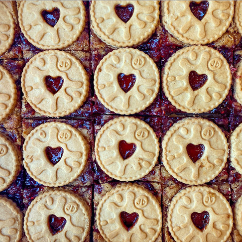 Jammy dodger blondies