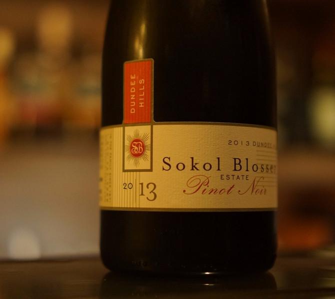 2013 Dundee Hills Pinot Noir Sokol Blosser