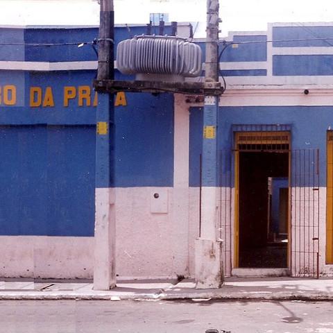 2000 - TDP - FACHADA