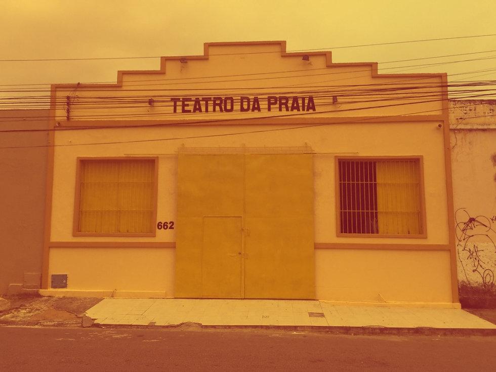 teatrodapraia-2869808_edited.jpg
