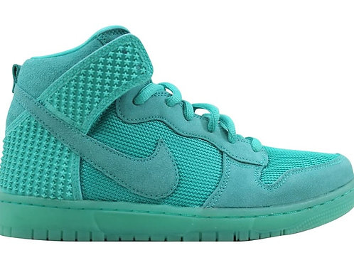 "Nike Dunks CMFT Premium ""Light Retro"""
