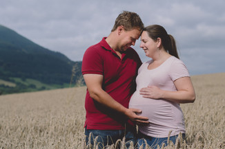 Pregnancy Photography Bristol couple emb