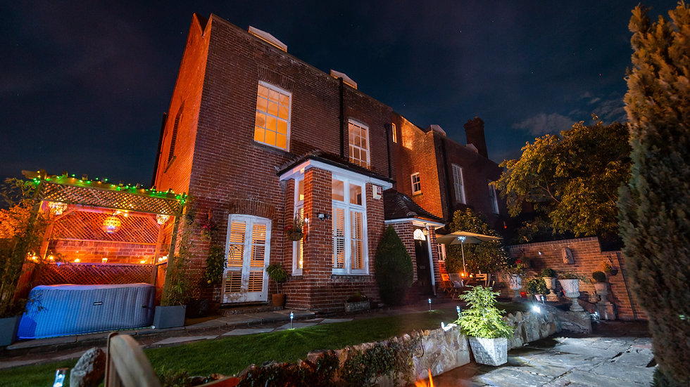 Absolutely incredible 6 bedroom Georgian Grade II listed townhouse