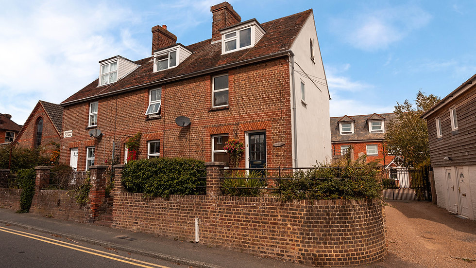 Lovely 3 bedroom character cottage in Uckfield