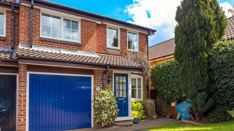 Sunny 3 bedroom semi-detached home in Uckfield