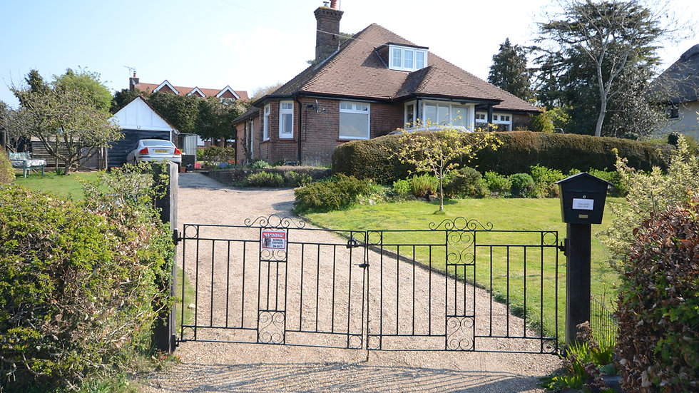 3 bedroom detached bungalow with potential near Heathfield