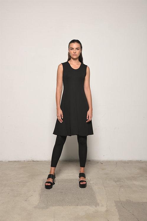 Sleeveless traveler dress