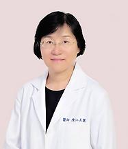 江美麗醫師粉底大頭照較小.png