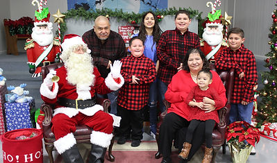 120520 - Pictures with Santa (41).JPG