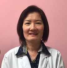 Kim, a Pink & White technician