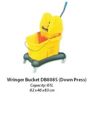 Wringer Bucket 5.jpeg