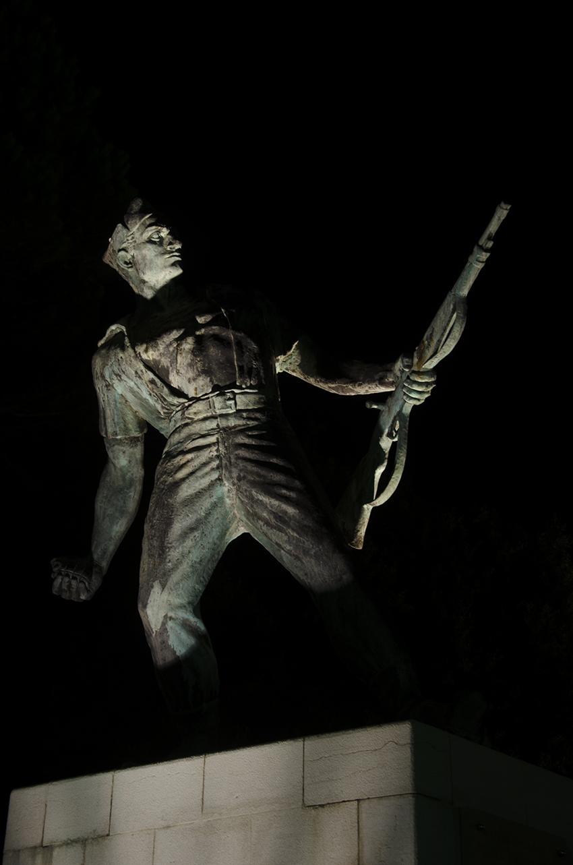 Statue beleuchtet