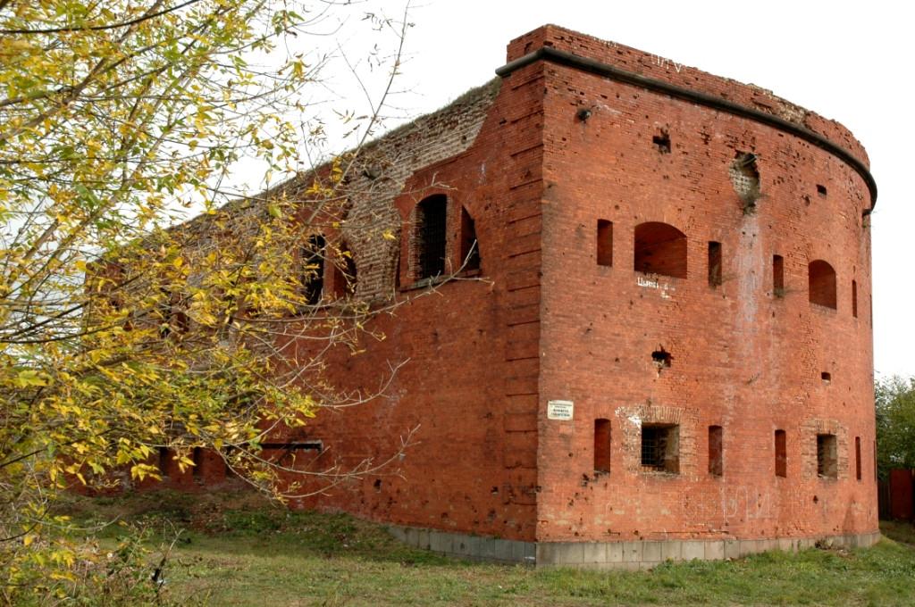 Башня в набережной части крепости