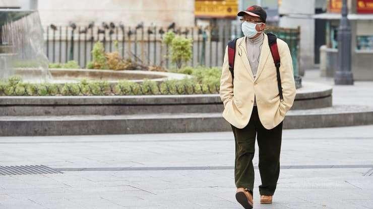 مسؤول إسباني يحذر 80٪ من الأشخاص في مدريد معرضون للإصابة بفيروس كورونا