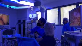 استخدام افضل التكنولوجيا داخل غرفة العمليات