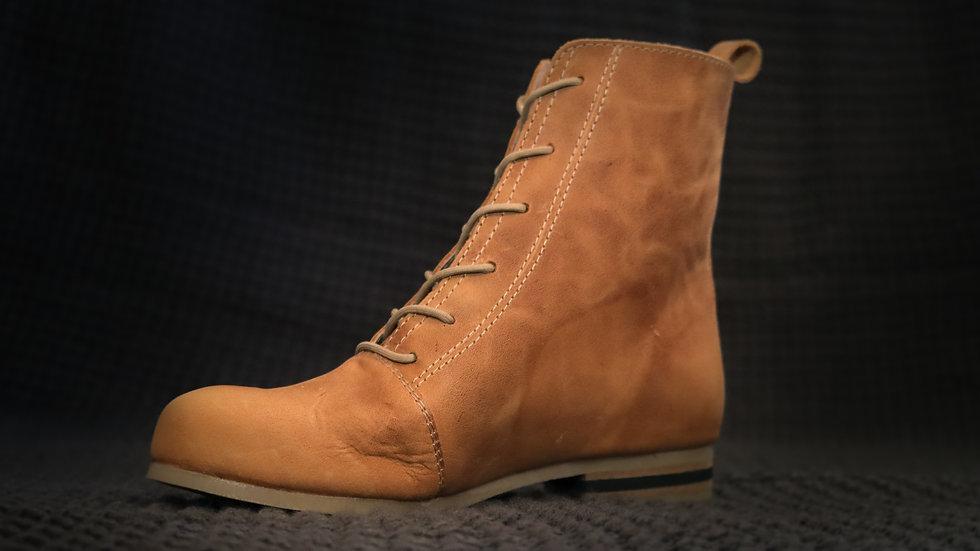 Onyx Boot Cinnamon