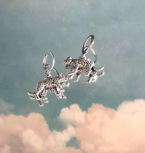Panther earrings silver.JPG