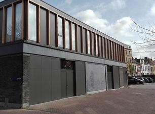 Bank J. van Breda