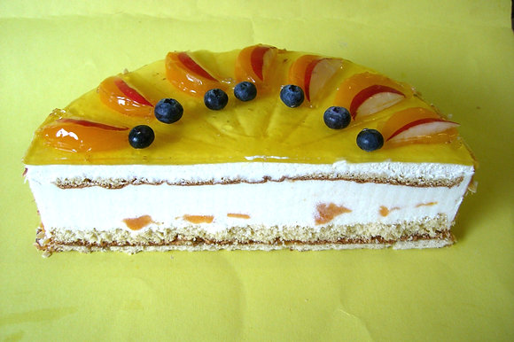 Topfen-Pfirsich-Torte 20 Stück