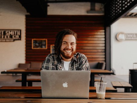 4 Ways for Entrepreneurs and Small Business Owners to Stay Connect