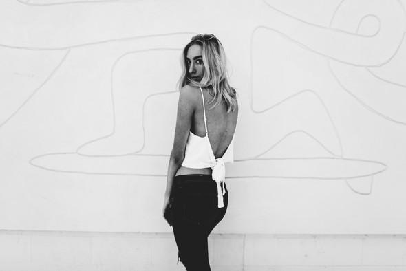 Black & White Vibes