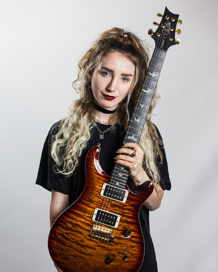 Sophie Burrell - Paul Reed Smith - Front To Camera 2
