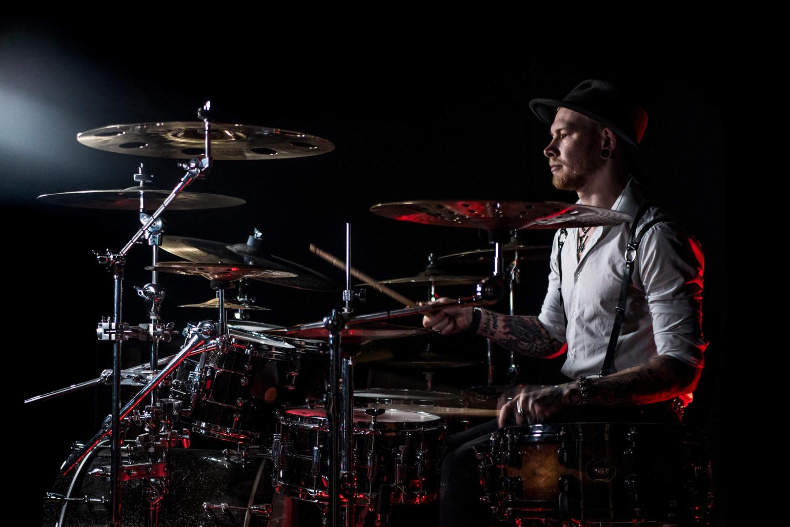 Simon Uselis - Drumming