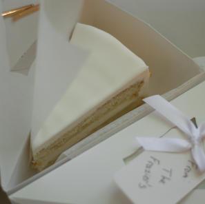 Pre-sliced Cake Boxes