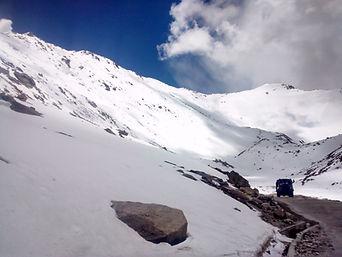 Hatu Peak to Chandigarh with Team Escapades