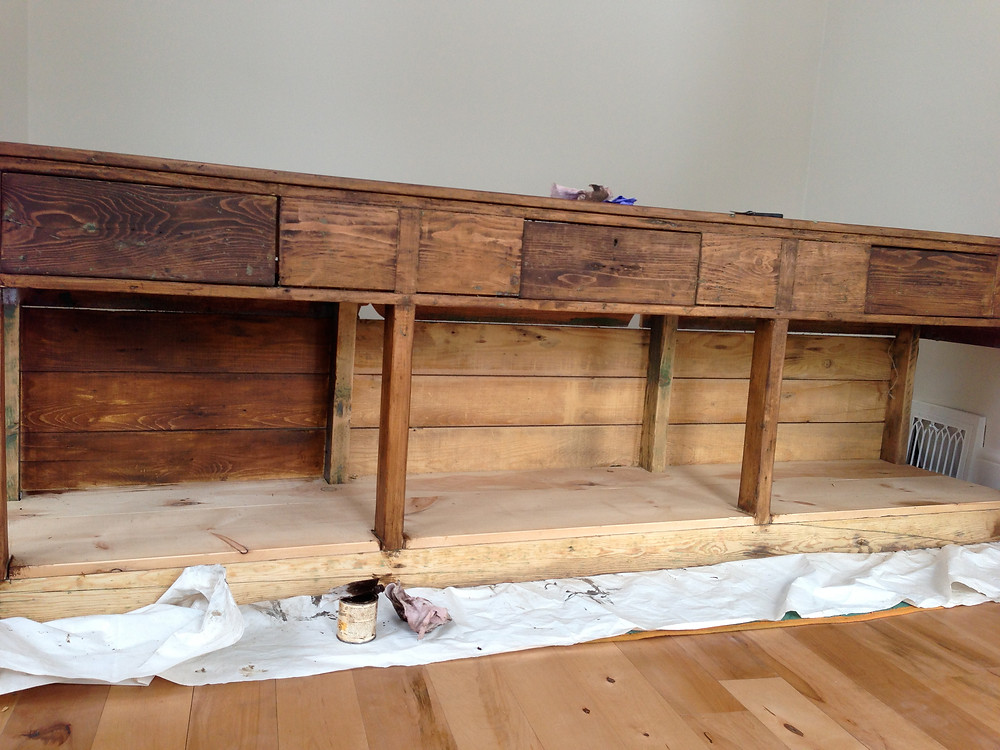 Workbench staining