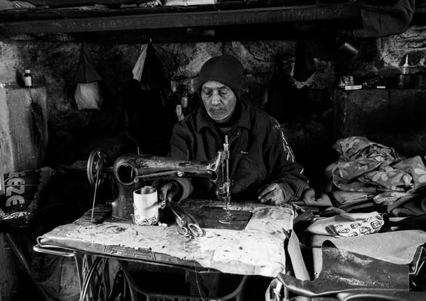 a tailor; 'darzi'.