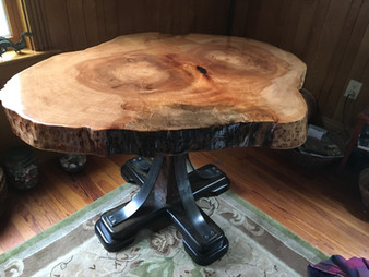 Sycamore Round table