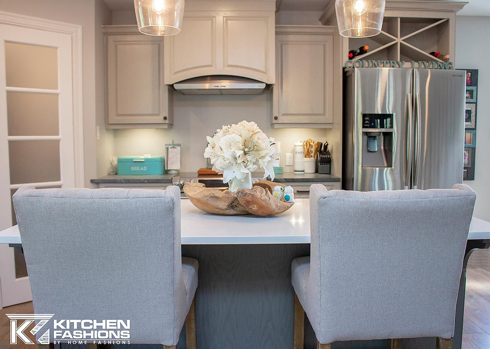grey stools, white countertops, grey kitchen