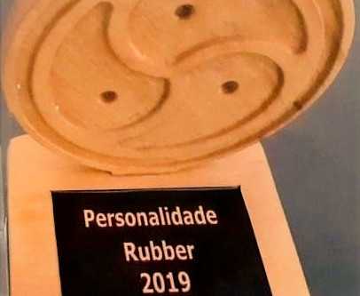 "Mestre Guto Lemos ganha ""Personalidade Rubber 2019"". Master Guto Lemos wins""Rubber Personality 2019"""