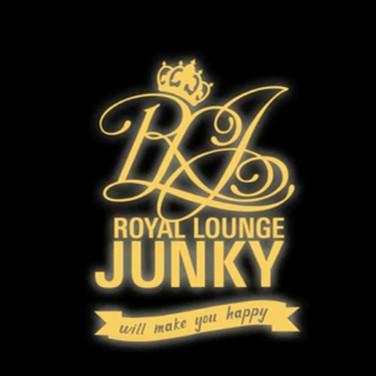 Royal Lounge Junky Day & Night