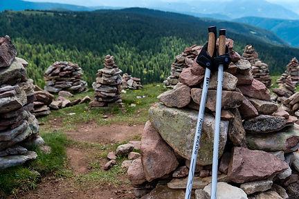 summit-4355465_1920.jpg