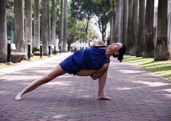 Joyce Yoga-21.jpg