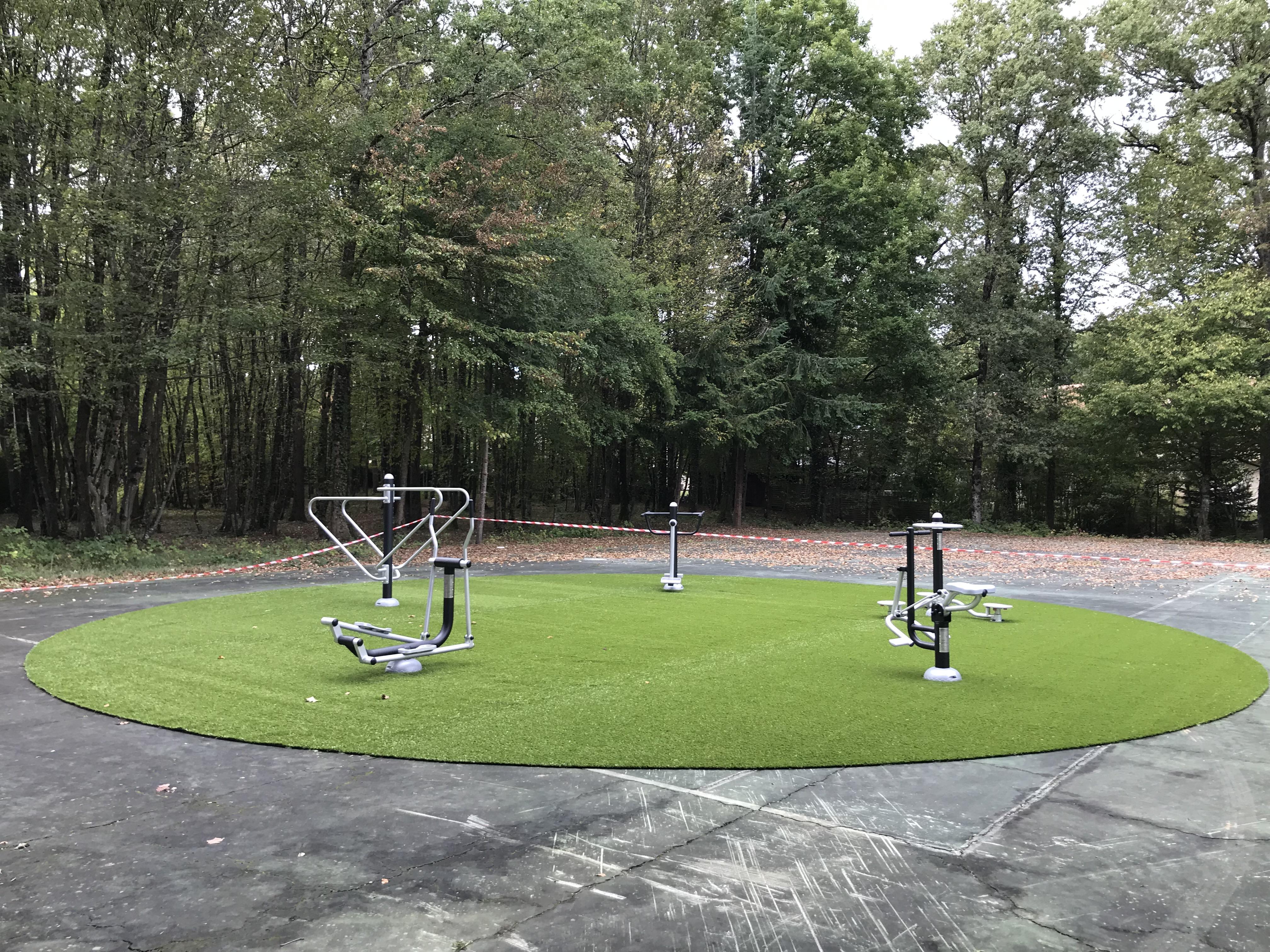 Aire de fitness 2019.10.10.JPG (13)