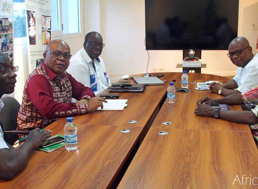 Dr Chiji Ojukwu, Directeur général du APDC, en visite à AfricaRice