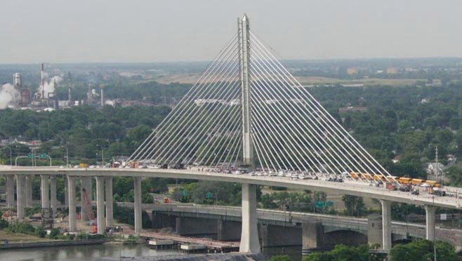 sky-bridge-toledo_35619820_ver1.0.jpg