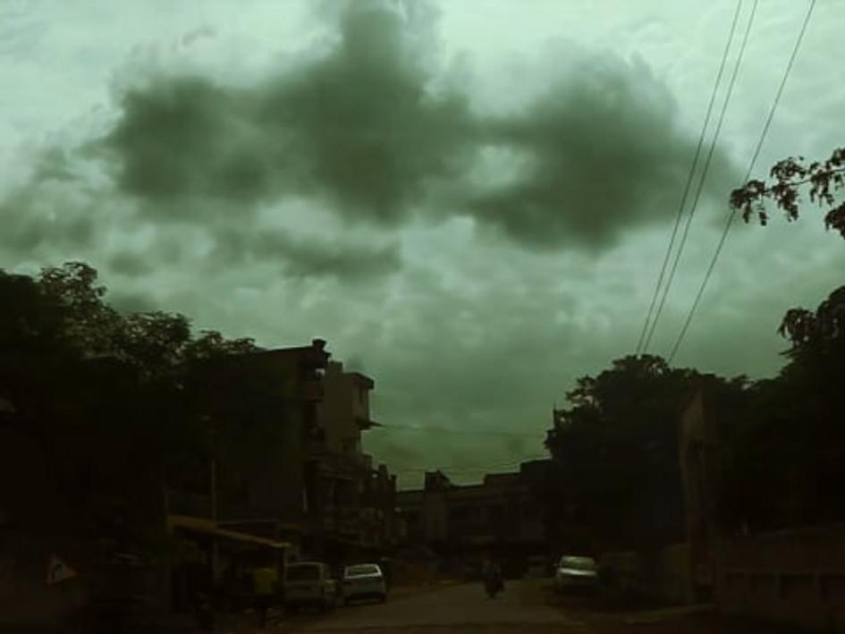 entering Kathor, Gujarat, 2015