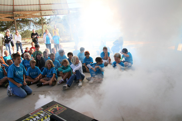 Smoke, Air Cannons, Confetti