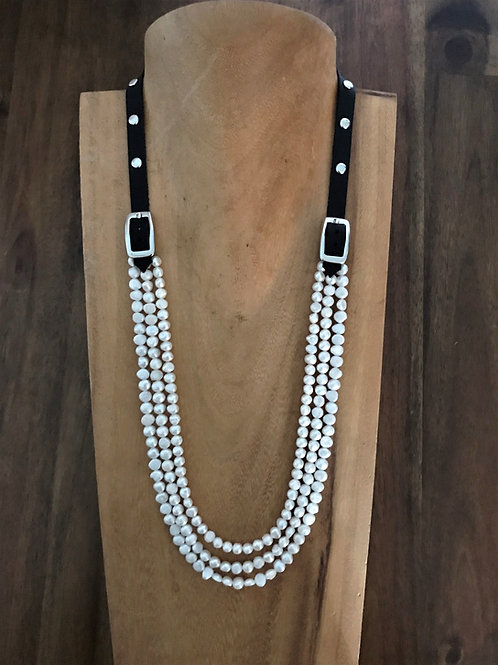 Bridle Necklace with White Pearls