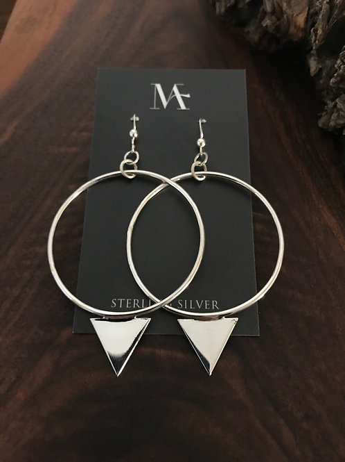 Arrow Hoop Gravity Earrings